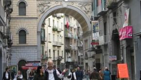 Napoli_via-chiaia